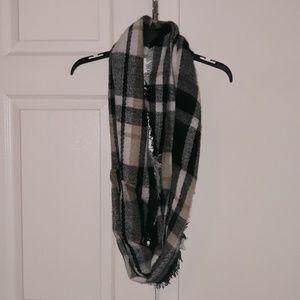 Plaid tassel infinity scarf